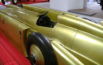 R�tromobile 2003 - 1929 Golden Arrow Henry Seagrave World Speed Record Vehicle